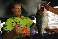 Reese, VanDam Vie for Angler of the Year Title - BASS Communications