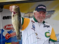 Lake Champlain FLW Series event to air Nov. 4