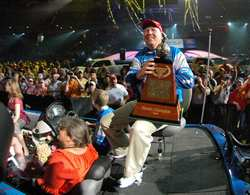 his first win since he took a 2004 Bassmaster Elite 50 event on the Tennessee River