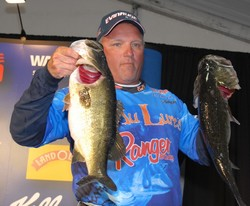 Robert Sherry of Saint Charles, Ill. (five bass, 21-12)