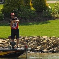 Light tackle was key to Kevin Vandams Smith Mountain Lake success