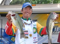 Fukae leads FLW Series on Lake Dardanelle