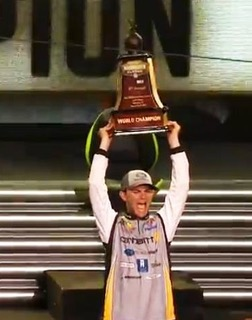 A new champion is crowned 2017 bassmaster classic final for Bass pro spring fishing classic 2017