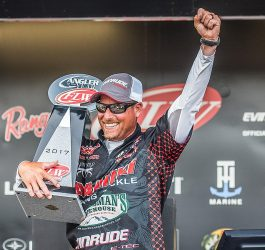 Bryan Thrift wins FLW Tour Angler of the Year