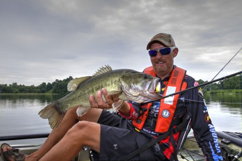 Shallow Cranking Kayak Fishing