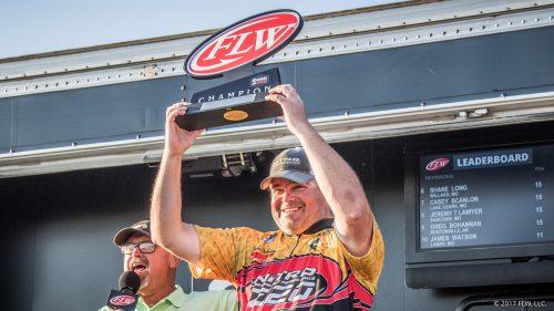 Dickneite Wins FLW Series on Lake of the Ozarks